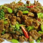 220 Fried Seafood In Sweet Sauce With Onions, Spring Onions And Green Chillies
